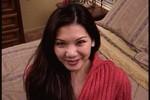 Yuki is een asian babe met een passie voor lullen, als ze er eentje ziet wil ze er gelijk aan zuigen.... en dat mag!